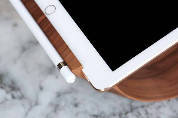 Yohann Wooden iPad Pro Stand with Apple Pencil Holder