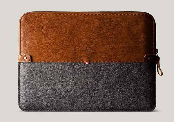 Hard Graft 50/50 Classic MacBook Pro Leather Sleeve