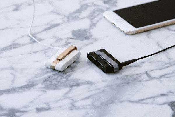 Jack Bluetooth Adapter Makes Headphones Wireless
