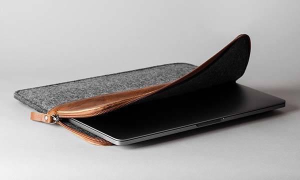 Hard Graft 50/50 Classic MacBook Pro Leather Sleeve