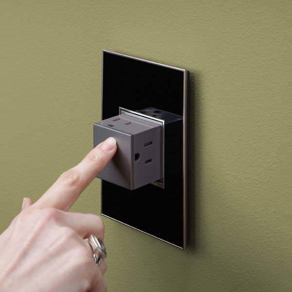 Pop Out Wall Outlet With 3 Sockets Gadgetsin