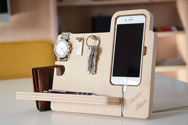 Handmade Wooden Docking Station for iPhone