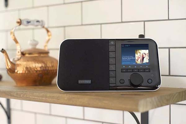 Grace Digital Mondo+ Internet Radio with Chromecast