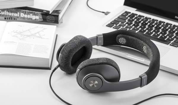 Mindset Bluetooth Smart Headphones with EEG Sensors