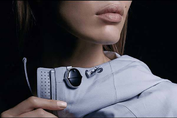 Senstone Wearable Smart Voice Recorder