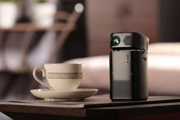 Keruo L7 Portable Smart Projector