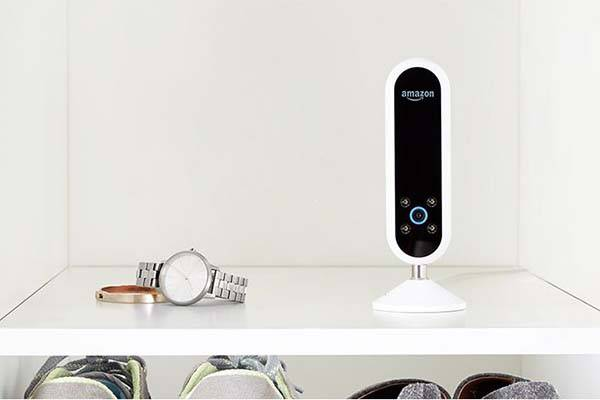 amazon echo look smart home camera with style check. Black Bedroom Furniture Sets. Home Design Ideas