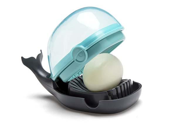 OTOTO Humphrey Whale Egg Slicer