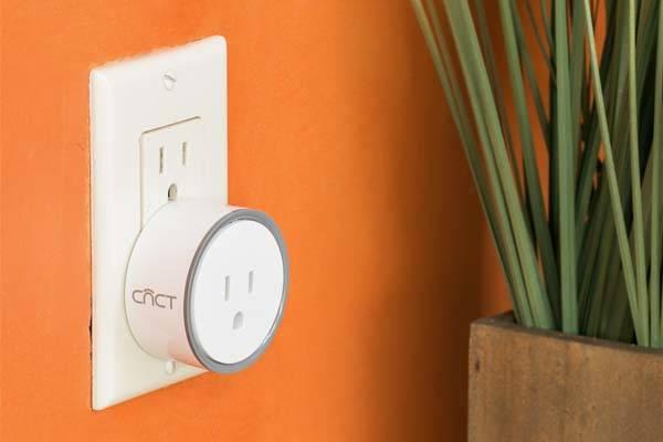 intelliPLUG WiFi Enabled Smart Plug