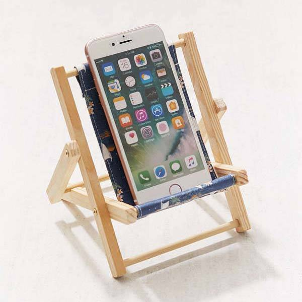 Wooden Mini Lounge Chair Phone Stand