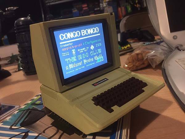 Workable Mini Apple II Built with $9 CHIP