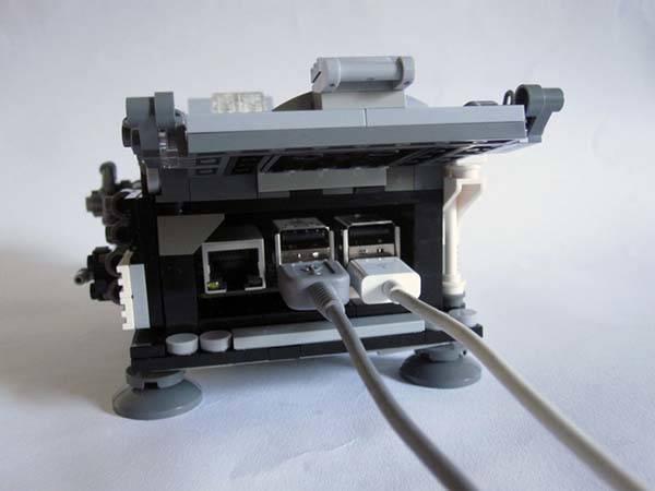 Lovelace & Babbage LEGO Set Boasts a Steampunk Computer ...
